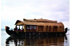 KERALA HONEYMOON TOUR - ATHIRAPPILLY, MUNNAR, ALLEPPEY AC DELUXE HOUSEBOAT - 5 DAYS/ 4 NIGHTS